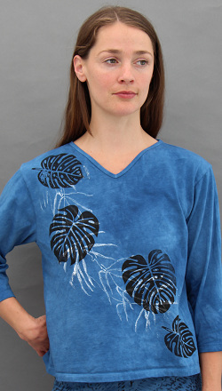 Philodendron 3/4 Sleeve V-neck
