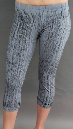 Cropped Legging in Textured Grey