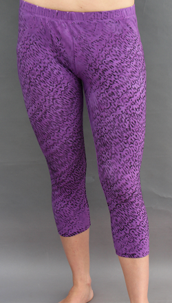 Cropped Legging in Textured Purple
