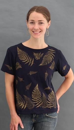 Ferns Black Short Sleeve Scoopneck