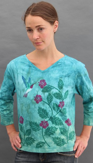 Hummingbird 3/4 Sleeve V-neck