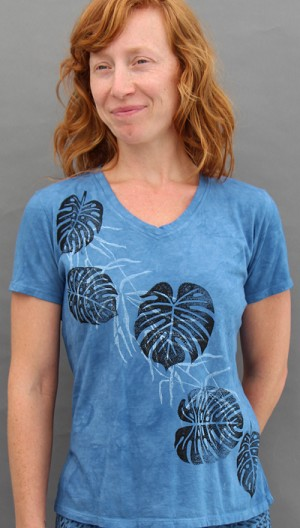 Philodendron Short Sleeve V-neck